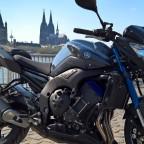 Moped und Dom - 4K